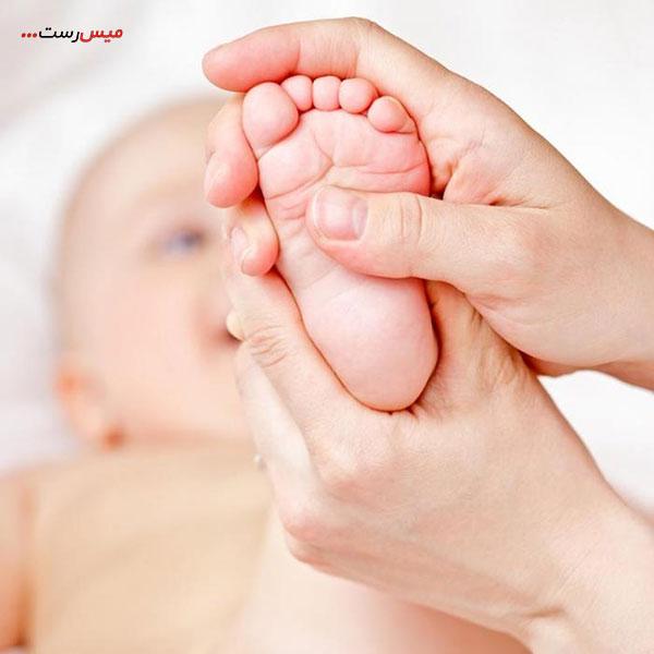 آموزش ماساژ نوزاد